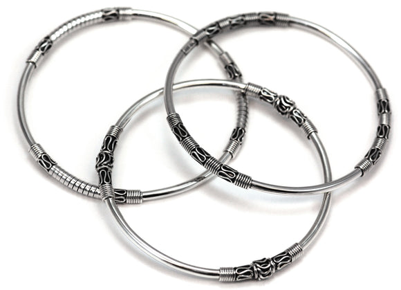 B900SET SURA Sterling Silver Set of Three Classic Bali Bangles