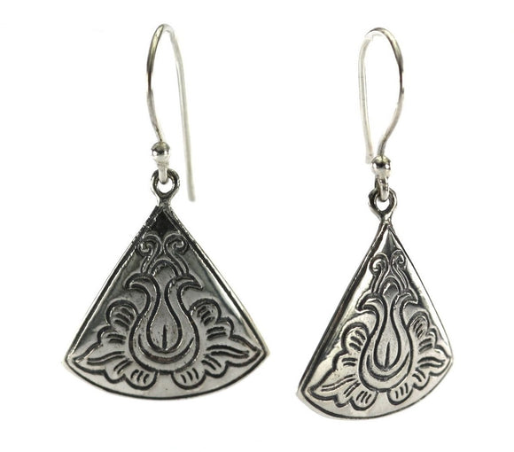 WEDA Carved Fan Earrings.  Bali .925 Sterling Silver.  E823