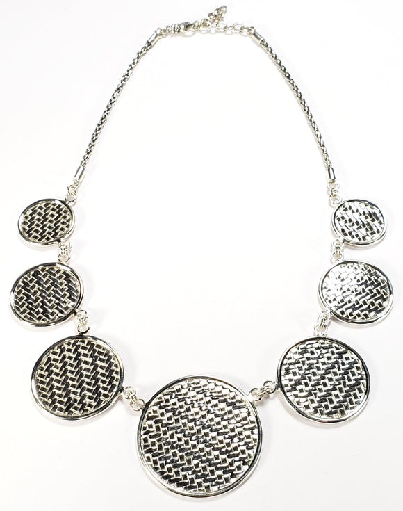 N022 .925 Sterling Silver Basket Weave Disc Station Necklace