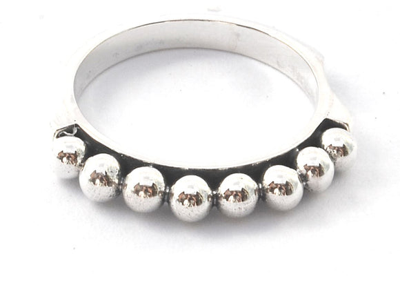 R309 INDA .925 Sterling Silver Ring With Comfort Sides and Hand Beaded Design