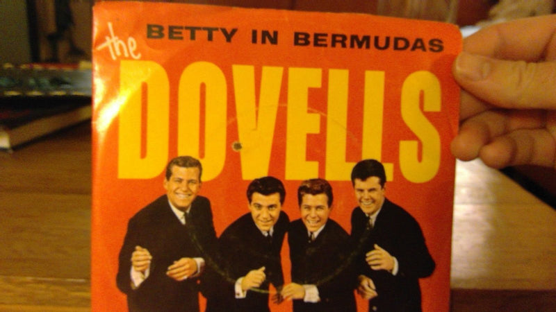 Dovells- Betty In Bermudas/Dance The Froog- EX- Rare Variant Parkway 882