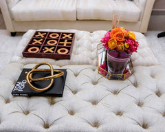 lovely accessories to complete the design of the table