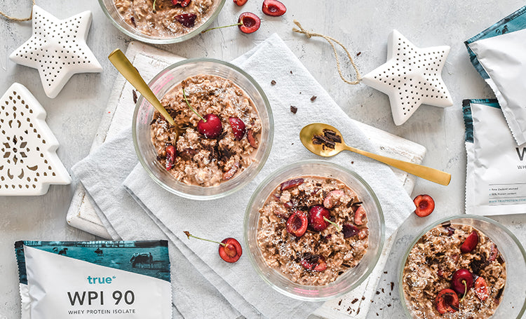 Choc Cherry Overnight Oats