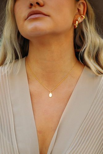 Leah Mini Oval Pendant Necklace