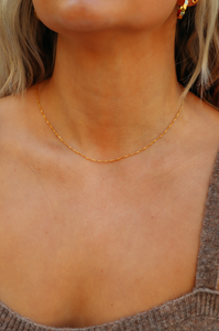 Zephyr Dainty Twisted Chain Necklace