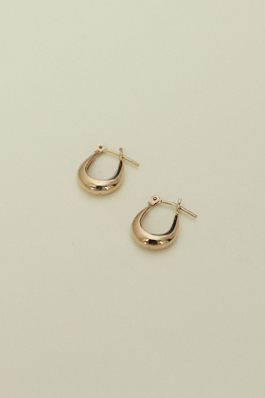 Molly Hoops Small
