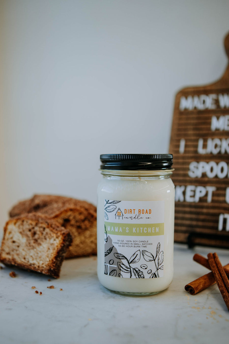 16 oz. Mama's Kitchen Candle
