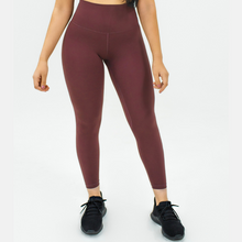 Load image into Gallery viewer, Elite Seamless 7/8 Leggings|Plum
