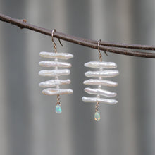 Load image into Gallery viewer, Pearl Fishbone Earrings