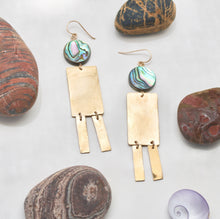 Load image into Gallery viewer, Cabaret Earrings