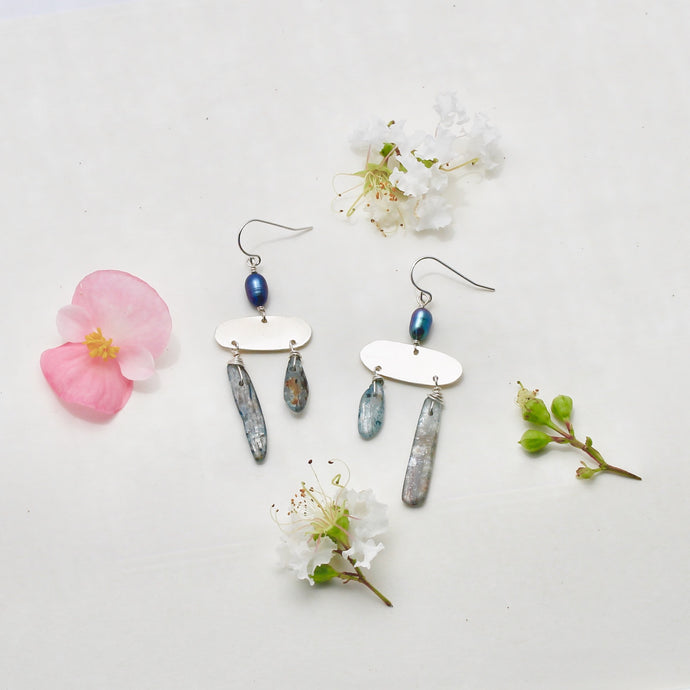 Mini Jazz Earrings in Kyanite
