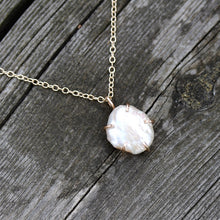 Load image into Gallery viewer, White Freshwater Pearl Necklace