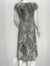 Cap Sleeve A Line Dress Geometric Black White print - americanfashion2