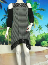 3/4 Sleeve Cold Shoulder Tunic in Stripe - americanfashion2
