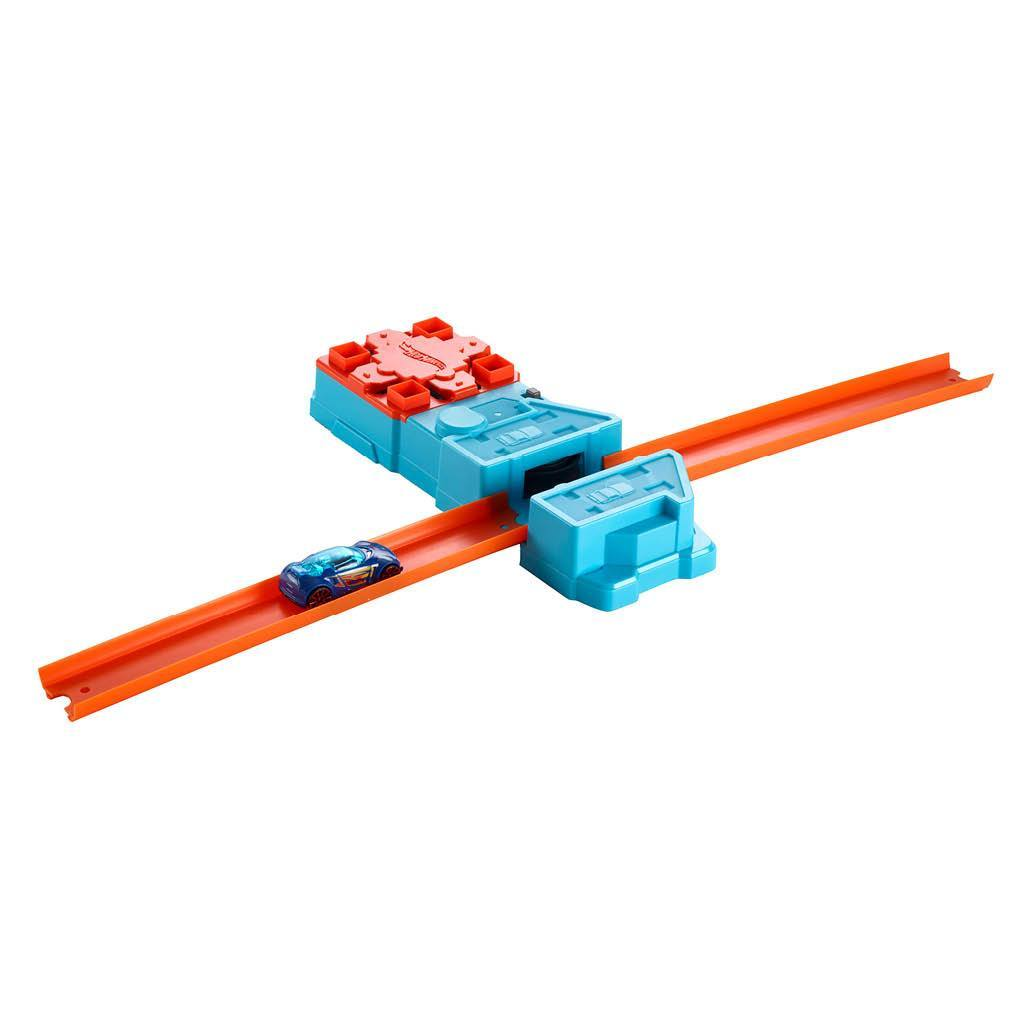 HOT WHEELS TRACK&BUILDER BOOSTER PACK