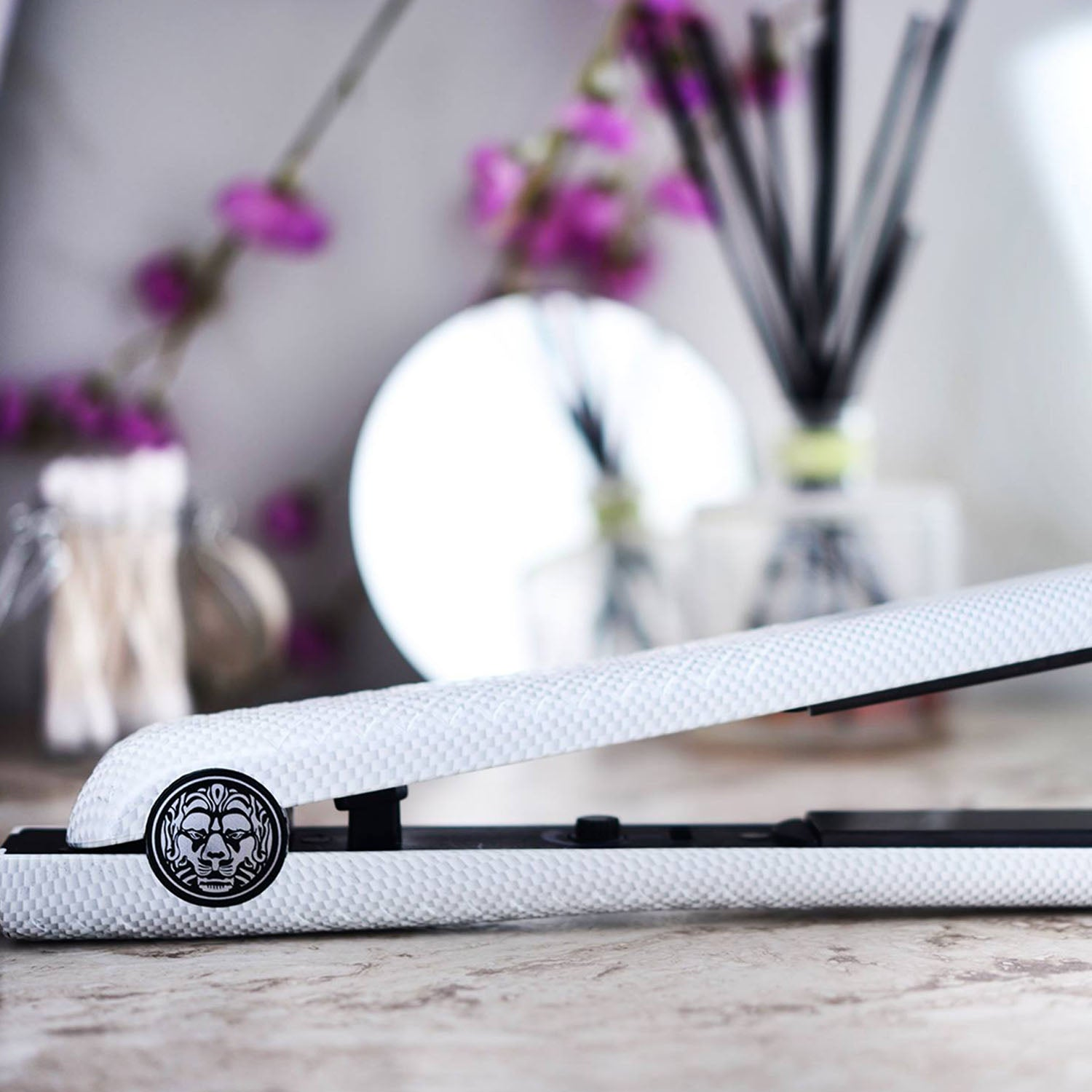 Lionesse Hair Straightener Iron