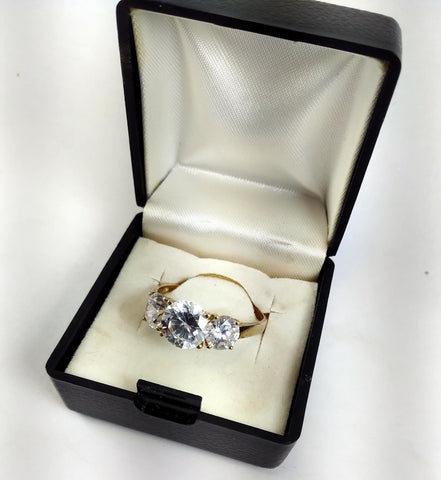 vintagepalace.us, 10 Kt YEllOW GolD, and,  ThrEE StoNE cZ, WOmeN'S ENGAGEmeNT RinG, SIZE 10 AND A HALF,