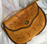 viNTAGEPaLAcE.US, 1960S VInTAGE, HaND TOOlED LEAThER, Hand bAG, HIpPY BOhO, front vieW,