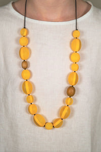Daisy Yellow Bead Necklace