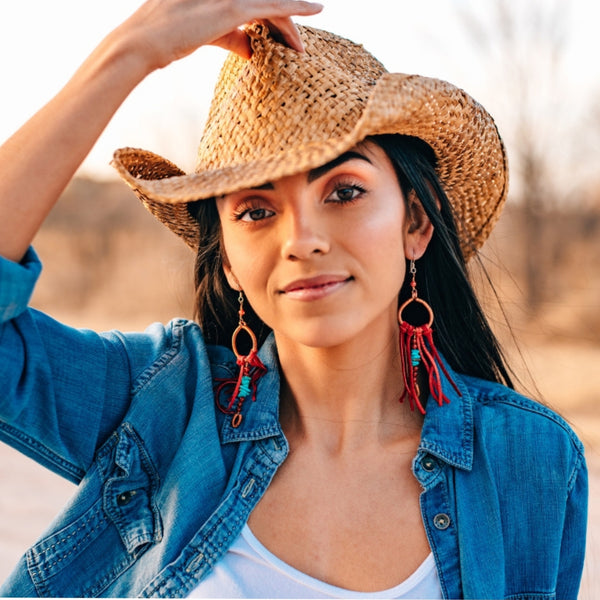 How To Choose A Cowgirl Hat That's Right For You