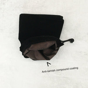 Velveteen jewelry pouch with anti-tarnish interior