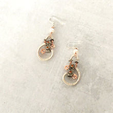 Load image into Gallery viewer, Steampunk earrings with pearls and amber