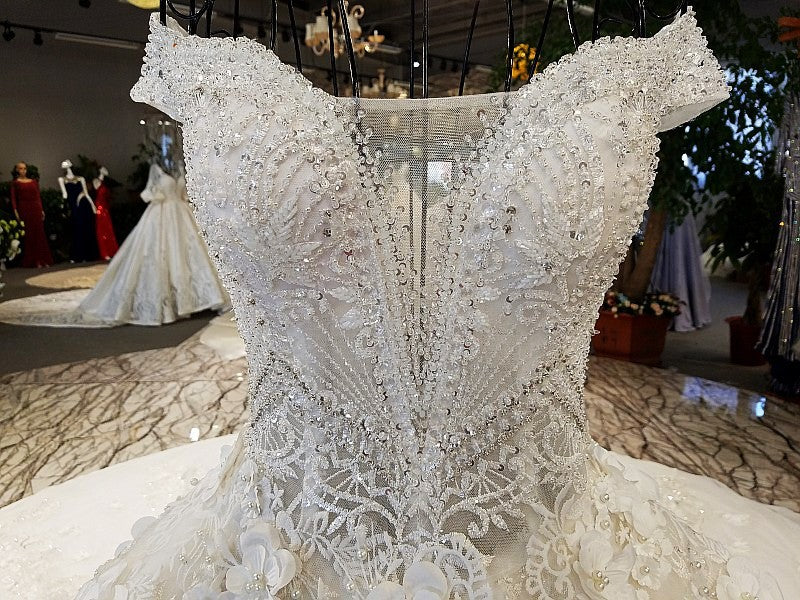DM #w001 Off Shoulder Wedding Dresses With Long Train