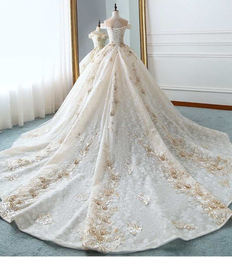 DM #w011 Gorgeous Wedding Dress