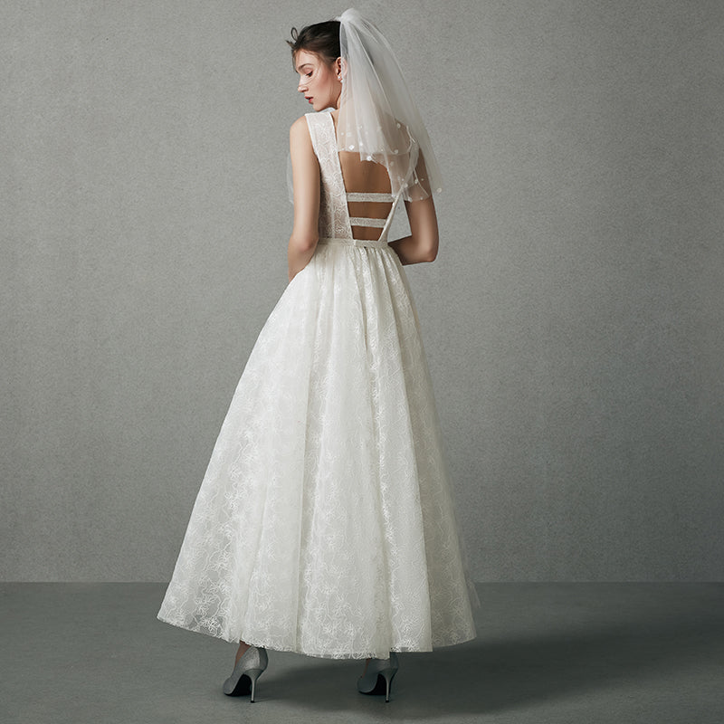 DM #w048  Simple Wedding Dress Light Dress