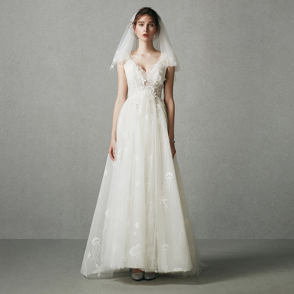 DM #w046  A-line Wedding Dress V-Neck Bride Dress