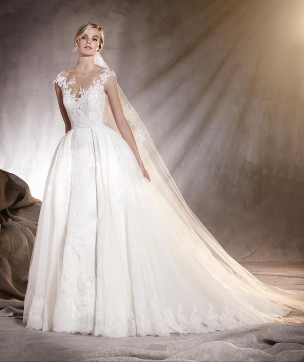 DM #w004 A Line Style Wedding Dress
