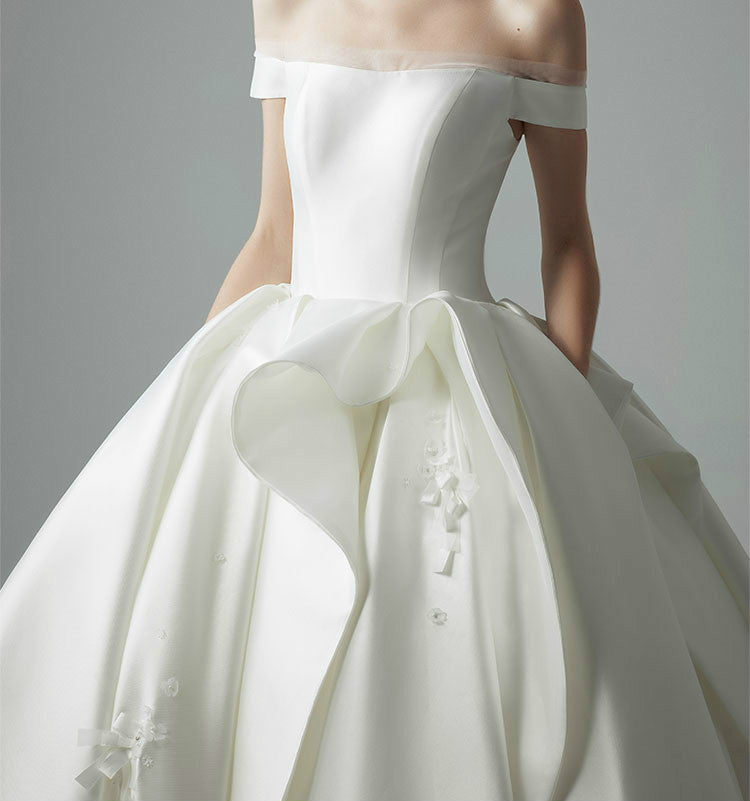 DM #w033 Original Off The Shoulder Wedding Dress