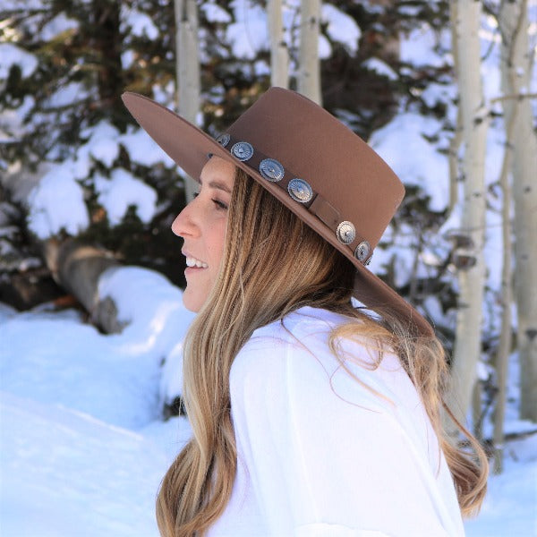 Blonde Woman wearing Charlie 1 Horse High Desert Hat in Pecan Color