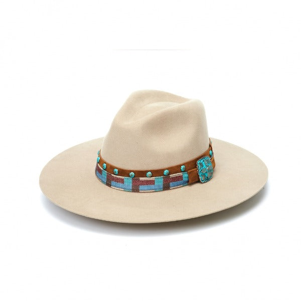 Beige rancher hat with a leather band. The leather band has turquoise color accents.
