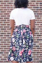 Load image into Gallery viewer, Floral Print Skirt