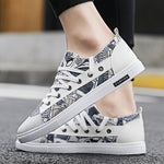 2019 canvas shoes men's summer breathable hand-painted graffiti shoes - freakichic
