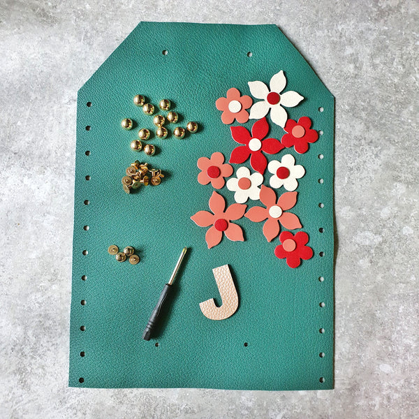 DIY Clutch Kit: Floral Fantasy (FOREST GREEN)