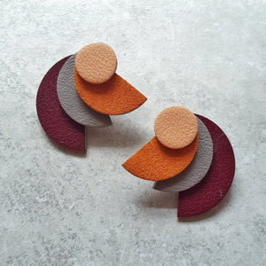 Fanned Out Megastuds (MAROON)