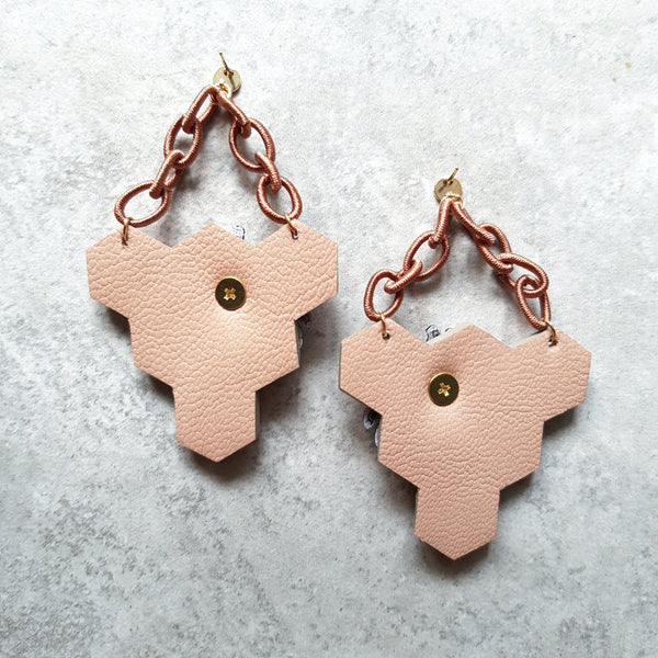 Triangle Honeycomb Earrings (LILAC)