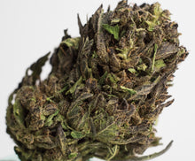 Load image into Gallery viewer, Sour Space Candy Premium Craft Hemp Flower, Purple & STINKY!! - Ceiba Botanical Distribution