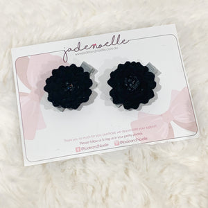 Black Pigtail Flowers