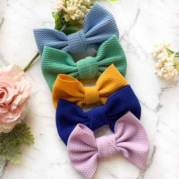 Nelly Colour Bow