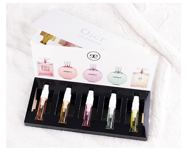 Beautiful perfume set for her