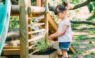 Grow Beds & Planters