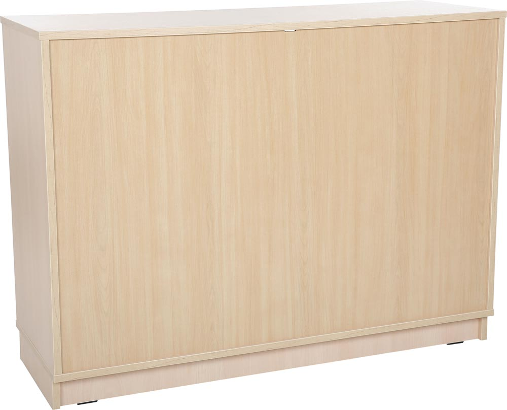 Quadro Cabinet with large shelves