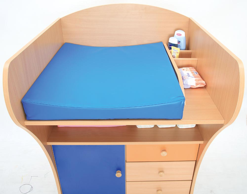 Baby Changing Unit inc mat