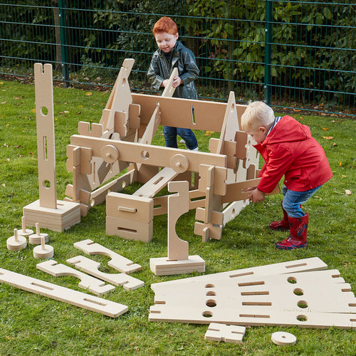 Outdoor STEAM Stack and Build Enrichment Kit 1