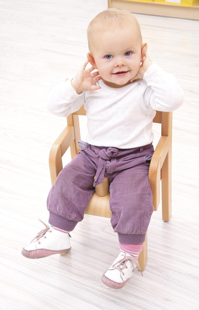 Toddler Chair with Armrest and Anti Slip Bar - 21cm