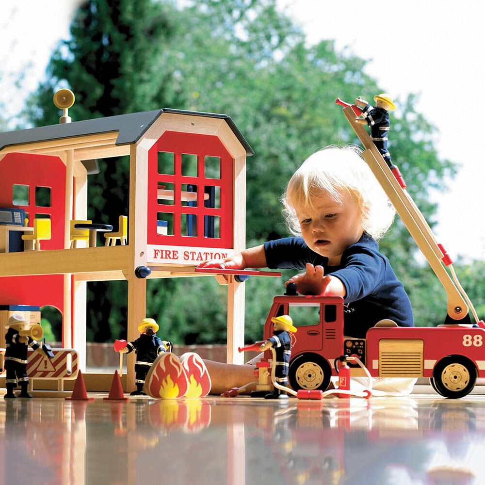 Small World Fire Station and Accessories Offer