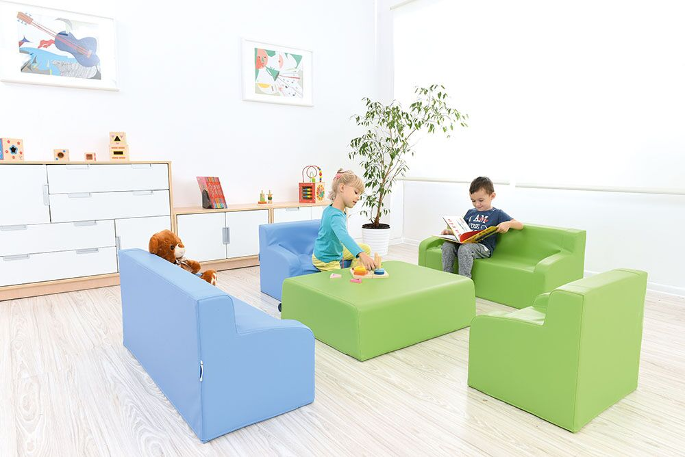 Sofa with armrests - green